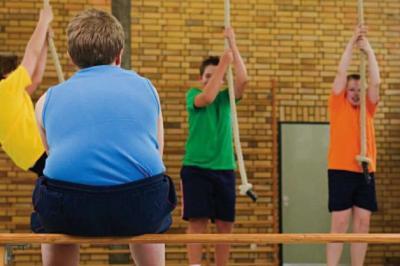 bambino_obesità_grasso_madre_salute_comprensione_tristezza_alimentazione